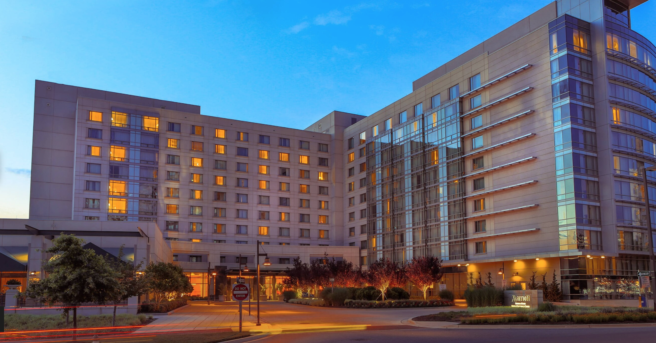 In the D.C. Suburbs, 455-Room Marriott Gets a Facelift