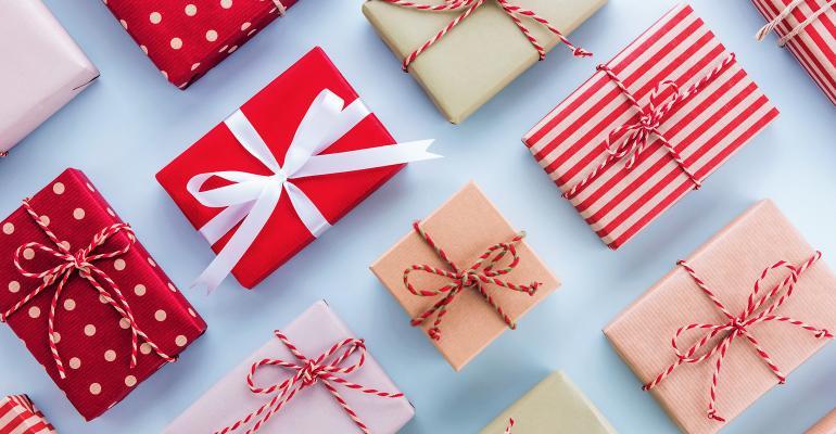 810MN_Gift_Guide_Opener.jpg