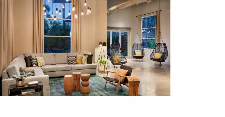 Hotel Alba, Tapestry by Hilton - Lobby - 1386005.jpg