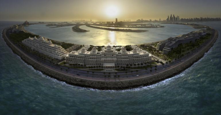 Raffles The Palm Dubai - Aerial Exterior 2.jpg