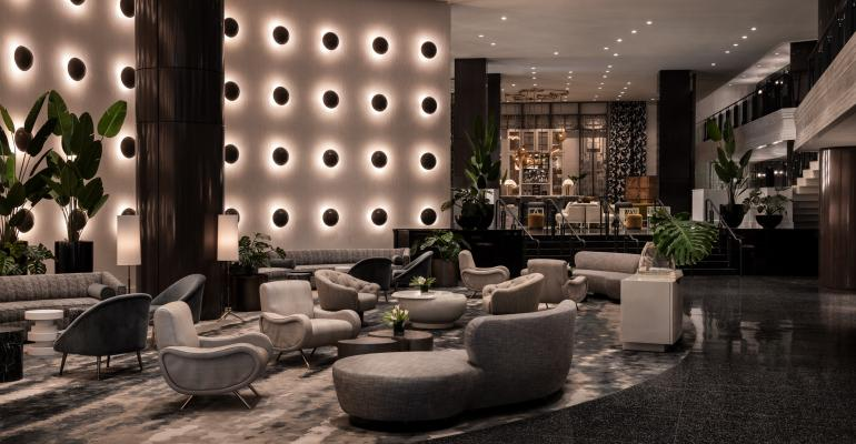 Ritz-Carlton-Bubble-Wall.jpg