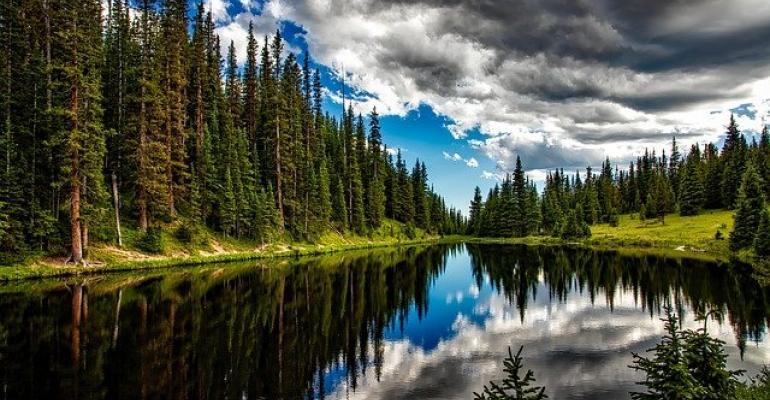 lake-1679708_640.jpg