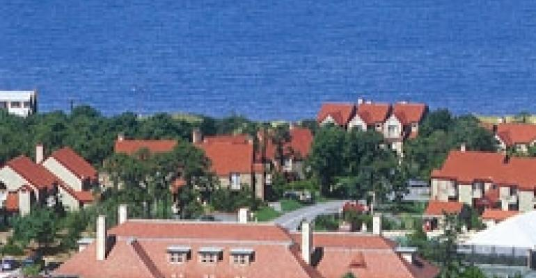 Cape Cod Resort Debuts Ballroom