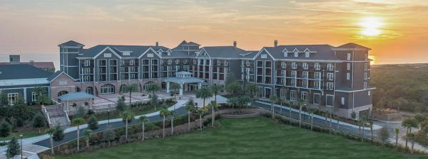 On A Thin Barrier Island In Destin Fla The Northwest Corner Of Sunshine State New Luxury Resort Officially Began Welcoming Guests November
