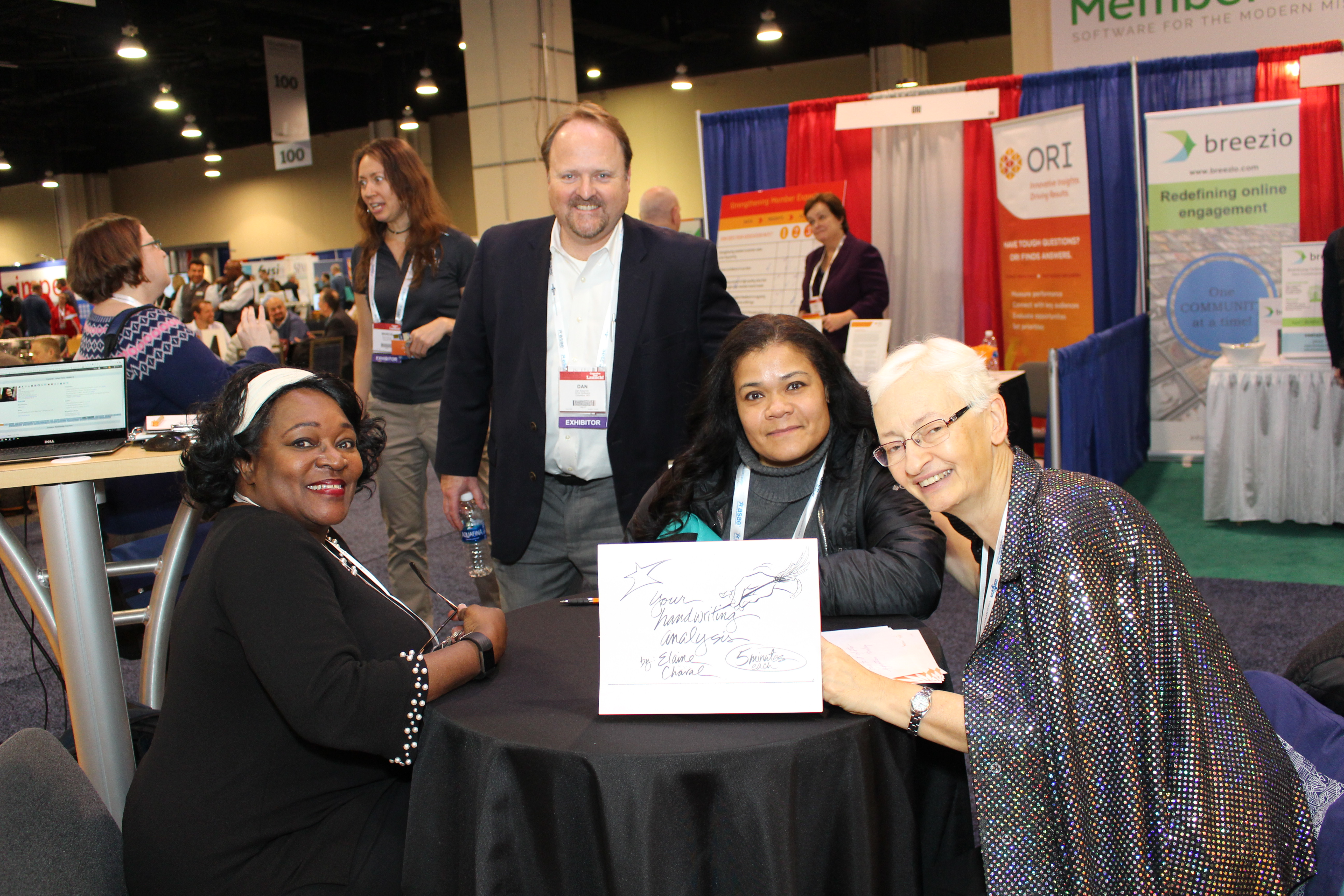 A handwriting analyst at the ASAE Technology Conference