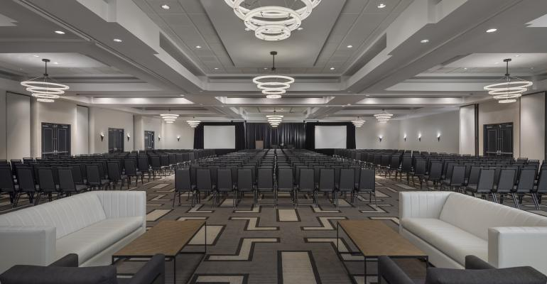 Hilton Boston/Woburn renovated ballroom