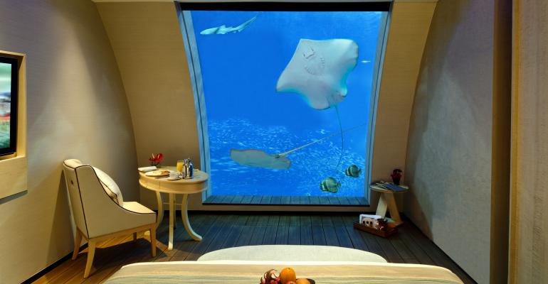 Sleep With the Fish at Resorts World Sentosa