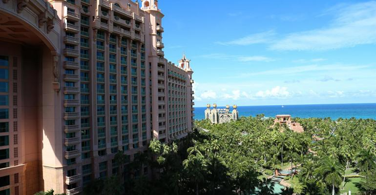 On Location: Atlantis, Paradise Island